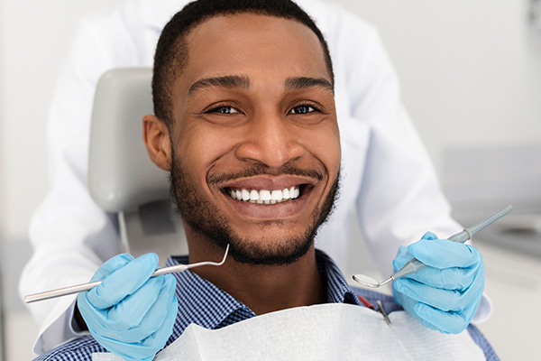 What Is Composite Bonding In Cosmetic Dentistry?